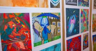 В Чернівцях відкрили виставку дитячих робіт, переможців Міжнародної дитячої виставки-конкурсу «Лідіце»